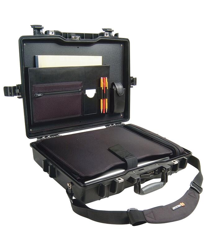 Peli 1495 Laptop Computer Case DeLuxe 2017 Plastikboxen