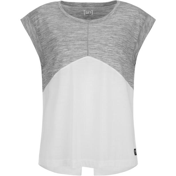 super.natural Motion Slash Neck T-Shirt Damen grau/weiß