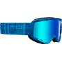 mat light blue/blue crossbones