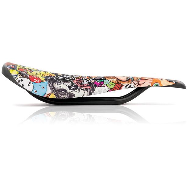 Riesel Design stuhl Sattel stickerbomb