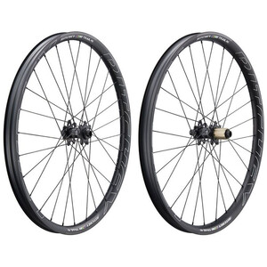 "WCS Trail 40 Wheelset 27.5"" Boost センターロック 110x15mm/148x12mm Shimano"