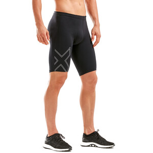2XU Aspire Compression Shorts Herren black/silver black/silver