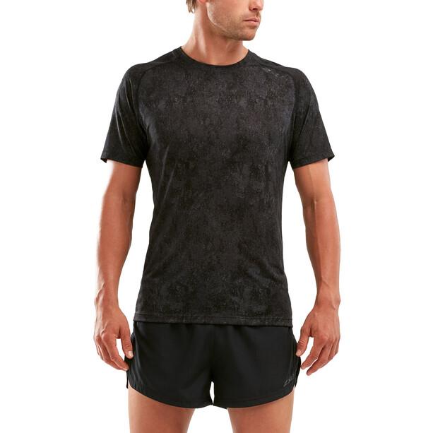 2XU GHST Kurzarm T-Shirt Herren black/corrosion