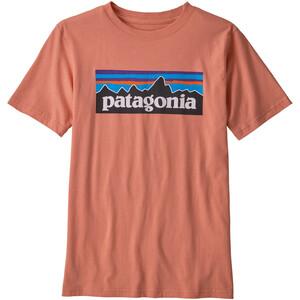 Patagonia P-6 Logo Organic T skjorte Gutter Rosa Rosa