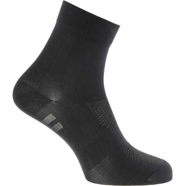 AGU Essential Medium Socken schwarz