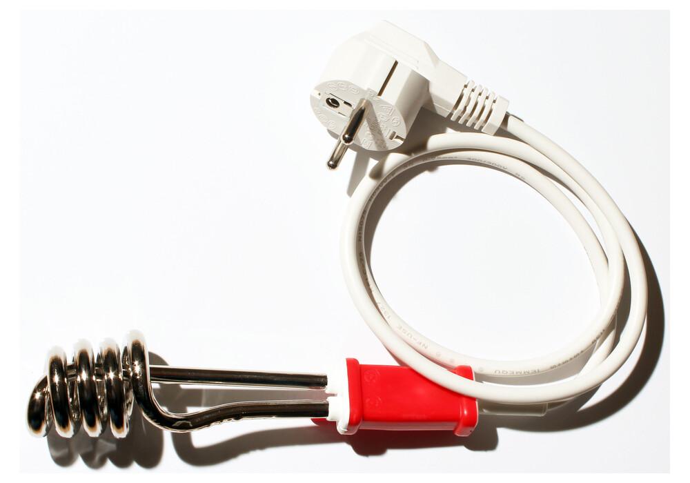 relags thermoplongeur de voyage 230 volt 300 watt sur. Black Bedroom Furniture Sets. Home Design Ideas