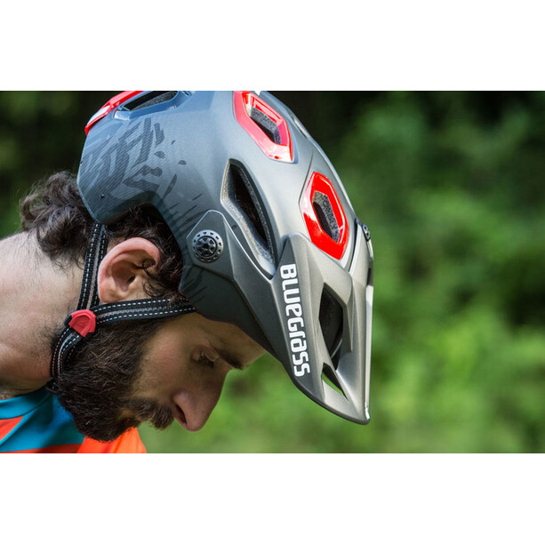 bluegrass Golden Eyes Helmet black/red