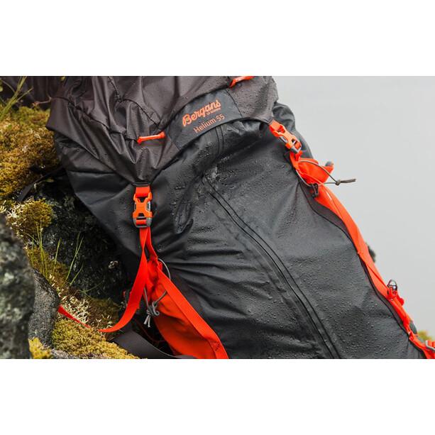 Bergans Helium 55 Backpack solid charcoal/koi orange