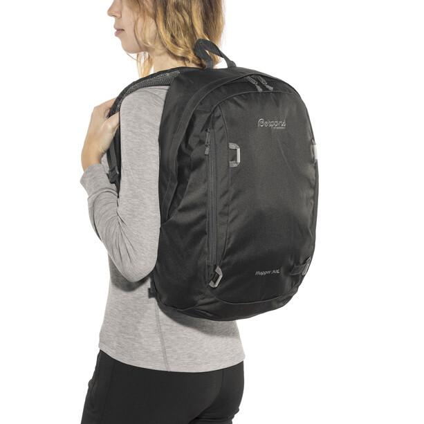 Bergans Hugger 30 Daypack solid charcoal/solid dark grey