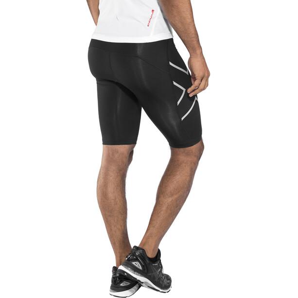 2XU Run Compression Shorts mit Rückenfach Herren schwarz