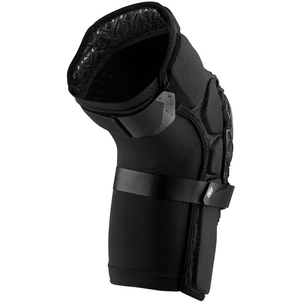 100% Surpass Knieprotektoren schwarz