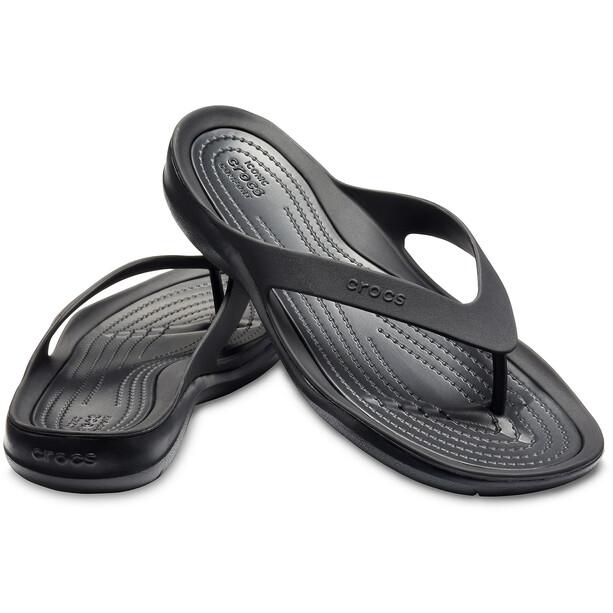 Crocs Swiftwater Flache Sandalen Damen schwarz