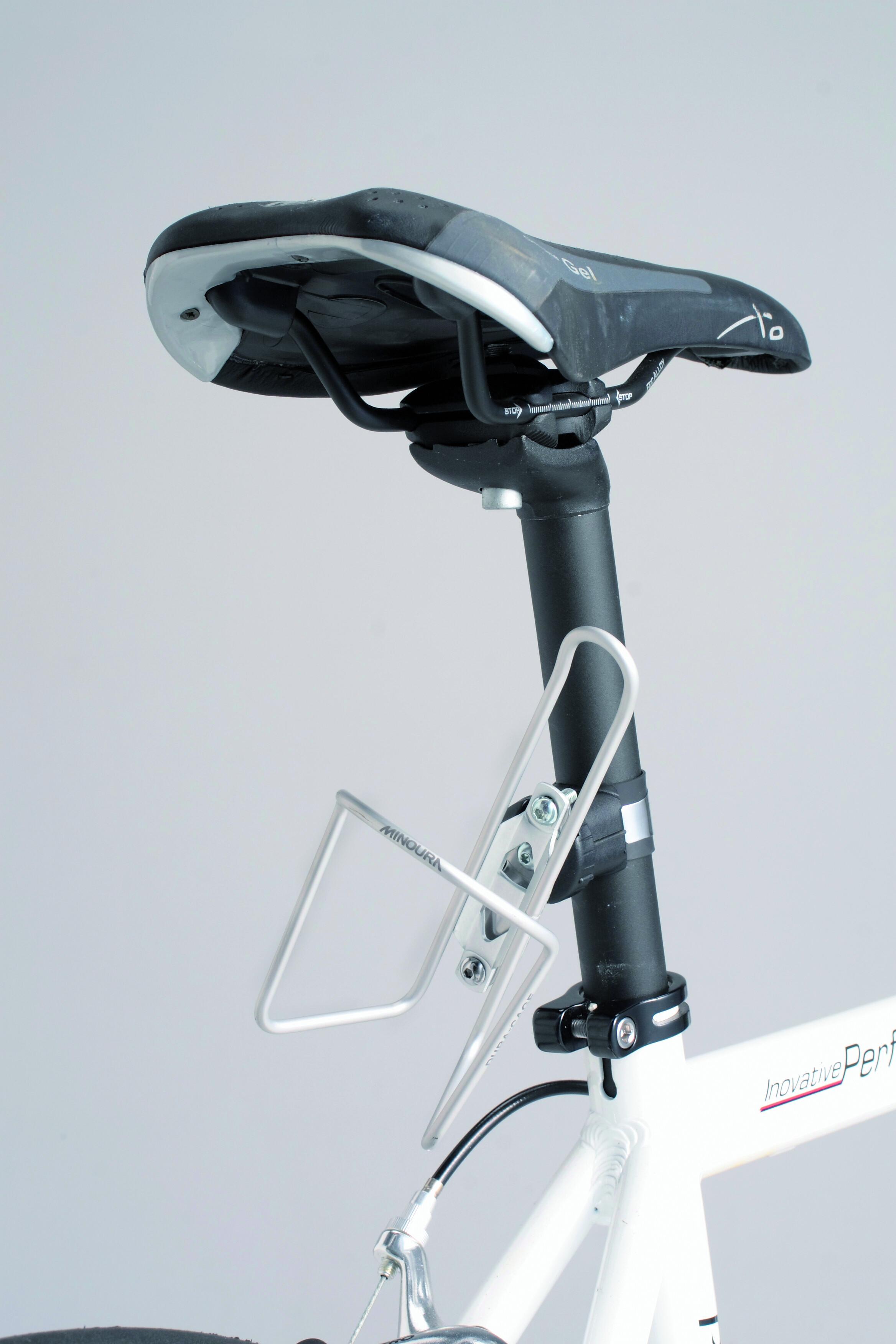minoura bh 95x indstillelig adapter til flaskeholder sort s lv find cykeltilbeh r p nettet. Black Bedroom Furniture Sets. Home Design Ideas